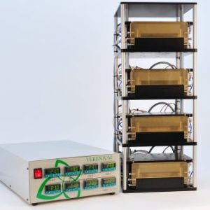 Four-channel microplate heating system with controller
